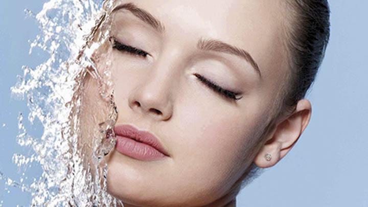 Antes de exponerte al sol, debes hidratar tu piel