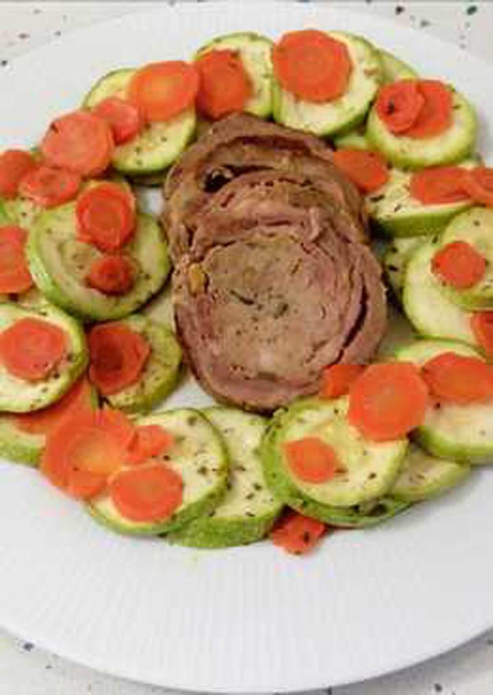 Solomillo ibérico relleno con verduras al vapor