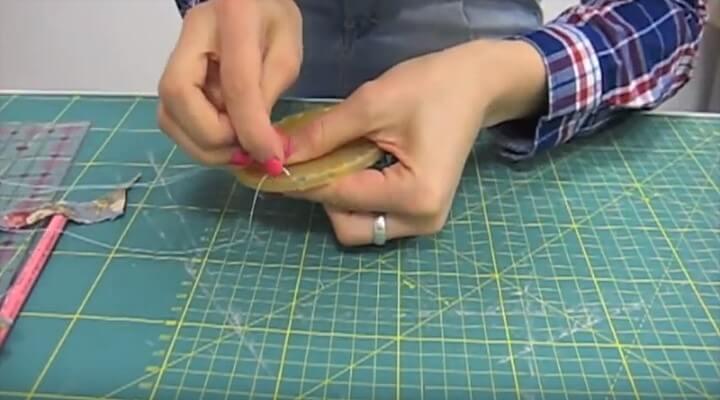coser por dentro del aparato el  yo-yo de tela