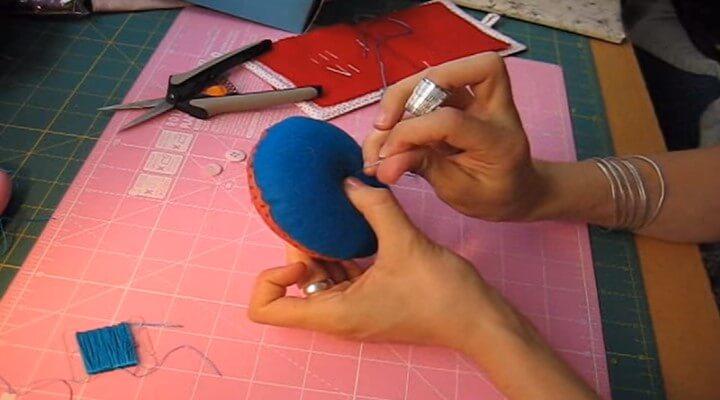 coser el alfiletero por el centro