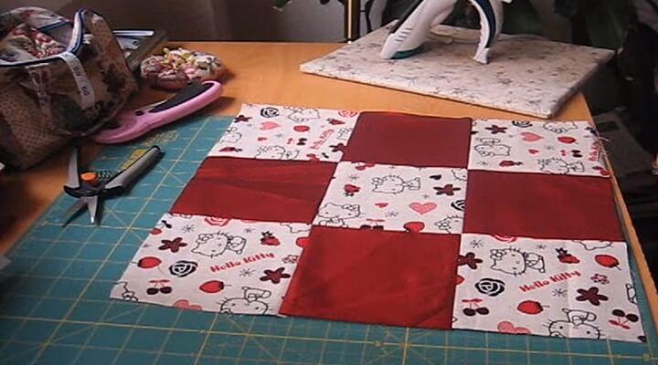 primera parte de funda de cojin con patchwork