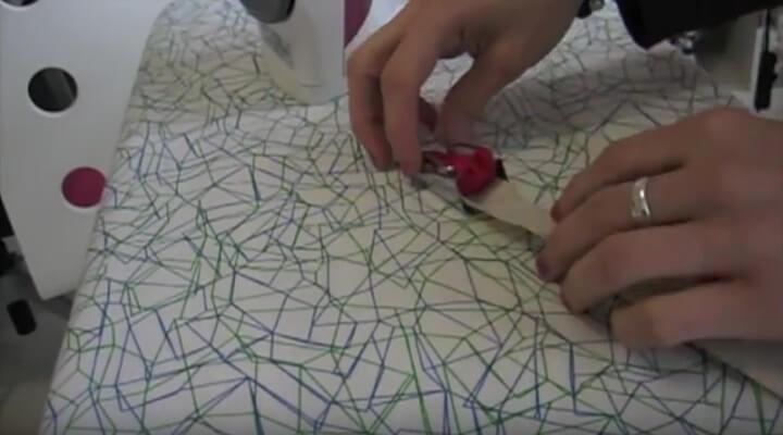 herramienta para hacer bies de tela