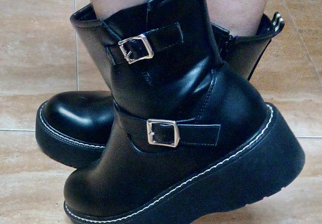 botas militares negras para mujer