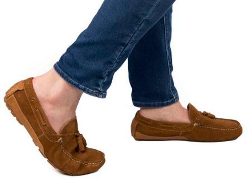 zapatos mocasin color marron para hombre